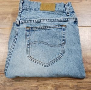 Vintage Lee mom jeans (high waisted)